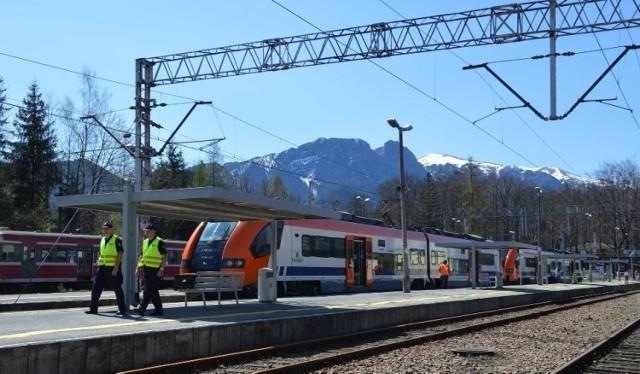 Program zakłada m.in. modernizację i rozbudowę linii kolejowej do Zakopanego. Mowa m.in. o budowie drugiej linii torów na odcinku Nowy Targ - Zakopane