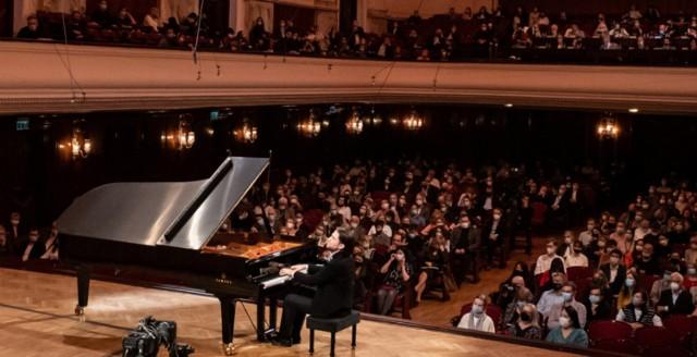 Trwa trzeci etap XVIII Konkursu Chopinowskiego. O zwycięstwo walczy 23 pianistów