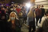 Strajk kobiet w Katowicach. Doszło do przepychanek. Policja zatrzymała kilka osób. Zdjęcia z soboty 24.10.2020