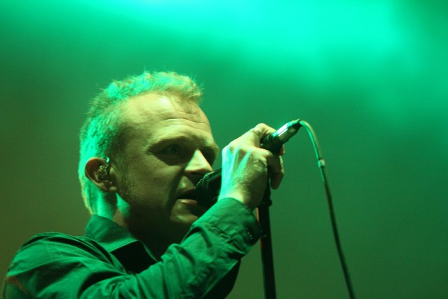 Piotr Rogucki z zespołu Coma