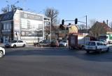 Pruszcz Gdański:  Nie dostosował się do sygnalizacji - kolizja drogowa na skrzyżowaniu w centrum miasta [ZDJĘCIA]