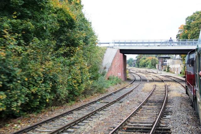 Koniec marzeń o rewitalizacji linii kolejowej nr 363 Międzychód - Rokietnica? PKP SA nie sprzedały działek, a zostały wywłaszczone.