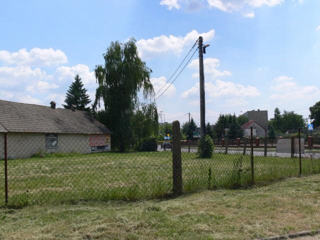 O budowę marketu Lidl na skrzyżowaniu ulicy Mickiewicza z Ożarowską w Sandomierzu  stara się prywatny inwestor.