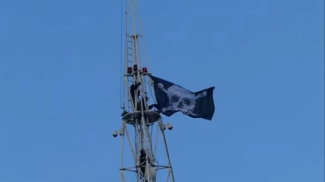 Na początku marca Bezior, Damar i Unstoppable wywiesili flagę piracką na MTP i wspięli się na Uniwersytet Ekonomiczny