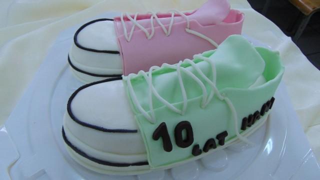 Urodziny, imieniny, rocznica śluby, komunia, a może gest wdzięczności? Okazji do zamówienia pysznego tortu nigdy nie brakuje. Zobacz, jakie dzieła powstają na Warsztatach Gastronomicznych ZS nr 1 w Wieluniu.