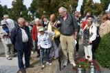 Śremski Spacer Historyczny odwiedził groby Powstańców Wielkopolskich