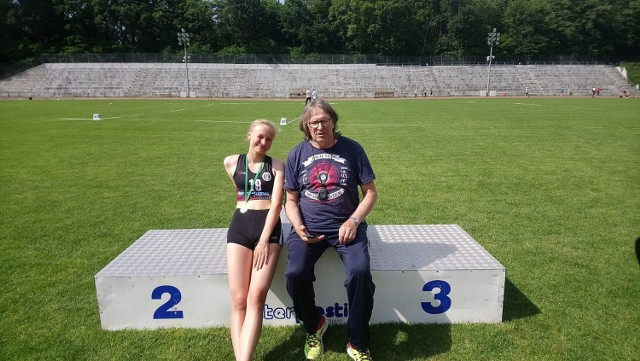 Milena Frej, podopieczna trenera Wojciecha Margulewicza wywalczyła srebrny medal w biegu na 400 m.