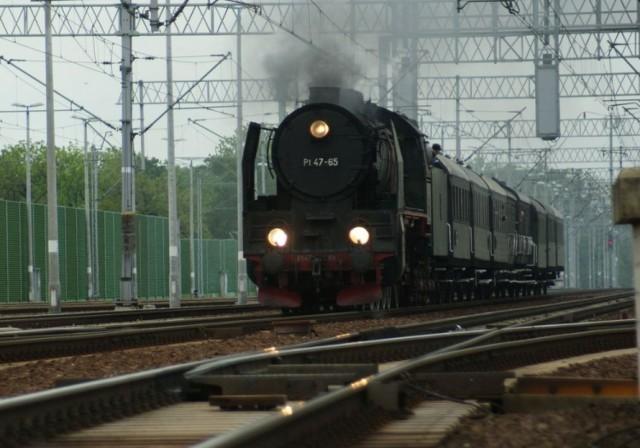 Zobacz pociągi jeżdżące na trasie Wrocław - Brzeg i Brzeg - Nysa.