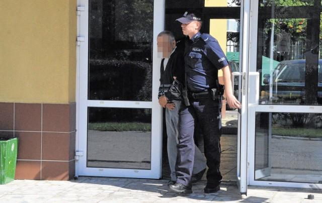 Jawor: Matka chroniła pedofila, który molestował jej córki. Odpowie prze sądem