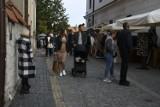 Turyści kochają Sandomierz. Po raz kolejny miasto przeżyło oblężenie (WIDEO, ZDJĘCIA)