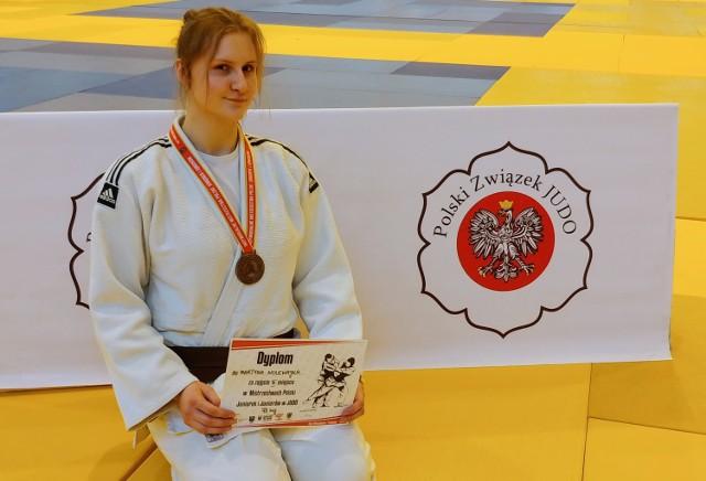 Martyna Nolewajka (GKS Czarni Bytom) zdobyła brązowy medal podczas mistrzostw Polski juniorek i juniorów rozegranych w Kątach Wrocławskich.