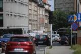 Katowice: Trwa wymiana nawierzchni na Mikołowskiej. Kierowcy stoją w gigantycznych korkach