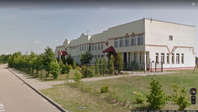 Szkoła w Gwdzie Wielkiej