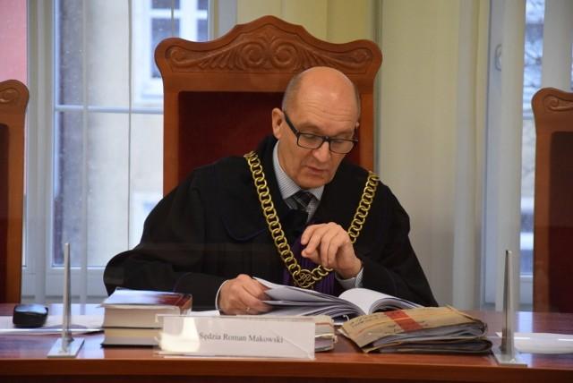 Furgonetka antyaborcyjna stoi przed szpitalem od 12 lutego 2020. Już 3 marca 2020 sprawą zajął się sąd. Wyrok uniewinniający zapadł 12 stycznia 2021.