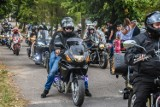 Szamotuły. Parada motocykli otworzyła 11. Festyn Rodzinny przy bazylice