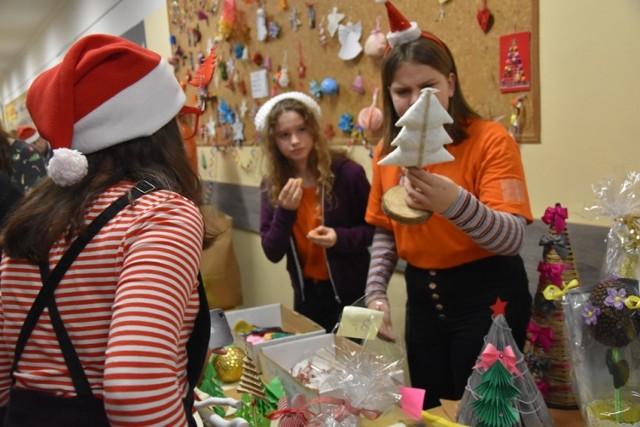 Świąteczne klimaty 2019: Kiermasz w Szkole Podstawowej nr 6 w Śremie