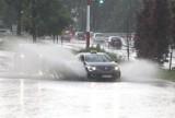 Burze i wichury w regionie łódzkim. IMGW znów wydał ostrzeżenie. Prognoza pogody na poniedziałek, 29 czerwca dla Łodzi i regionu