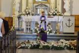 Otatnie pożegnanie Jolanty Wiśniewskiej w Ostrowcu. Zmarłą żegnało wielu przyjaciół [ZDJĘCIA]