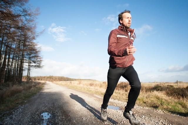 """W Bytomiu trwa wyjątkowa akcja """"Pomaganie przez bieganie""""."""