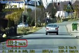 Gmina Grybów. Policyjna grupa Speed z Nowego Sącza zatrzymała kobietę kierującą BMW. Zarobiła 16 punktów karnych