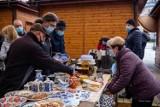 Tarnów. Kolejny Bazar na tarnowskiej Starówce już w niedzielę 6.06. Na sąsiedzkiej wyprzedaży nie zabraknie rękodzieła lokalnych artystów