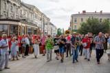 """Tarnów. XIV Letni Festiwal Jazzu Tradycyjnego """"Jazzowy Rynek"""". Parada nowoorleańska w Amfiteatrze, 9.07.2021 [ZDJĘCIA]"""
