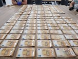 Za pieniądze załatwiali cudzoziemcom nielegalne  pobyty w Polsce