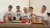 Licealiści z Bielska-Białej w eksperymencie łańcuchowym