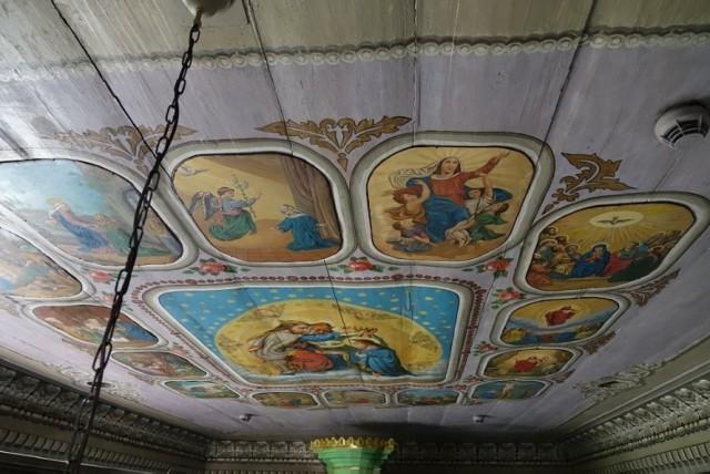 Zakończył się drugi etap prac konserwatorsko-restauratorskich przy polichromii w zabytkowym drewnianym kościele w Nidku (gm. Wieprz)