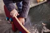 Kobieta w Nakle Śląskim znęcała się nad 6-letnim synem