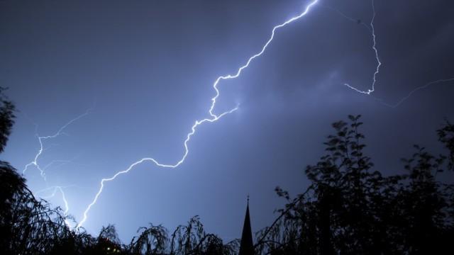 Lipiec przywita nas burzami
