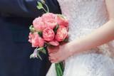 Tyle dajemy do koperty na wesele. Mamy przykłady od rodziny i znajomych - zobaczcie kwoty