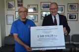 Ponad 9 mln zł dla szpitali Małopolski zachodniej na zakup karetek i sprzętu medycznego