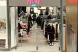 Kupujesz u Niemca, Polaka, Francuza czy Litwina? Czy wiesz, z jakiego kraju pochodzą te sklepy? Można się zdziwić