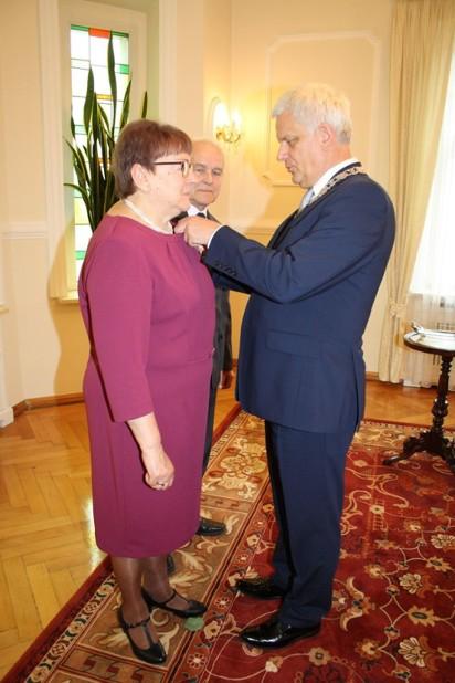 Września: Medale dla małżeństw obchodzących jubileusz długoletniego pożycia małżeńskiego