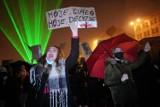 """Kolejny dzień protestów w Poznaniu. """"Jaki kraj, taki Voldemort"""""""