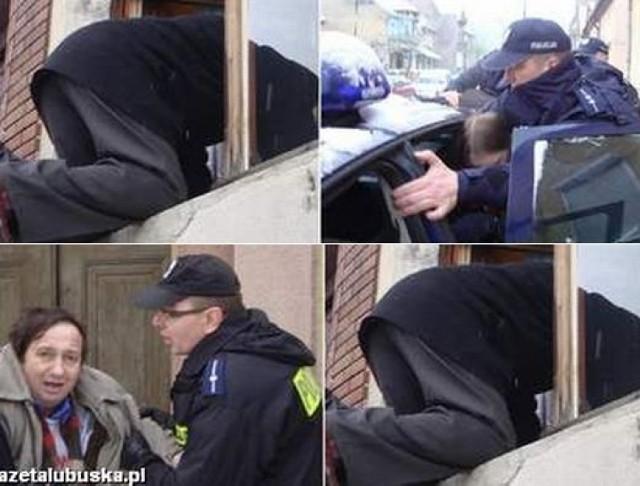 A. Ostrowski został dziś eksmitowany. Przy ul. 9 Maja zaroiło się od policji, a komornik musiał wejść do domu... oknem. (fot. Michał Kurowicki)
