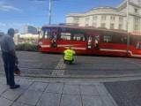Na rynku w Katowicach wykoleił się tramwaj. Utrudnienia szybko usunięto