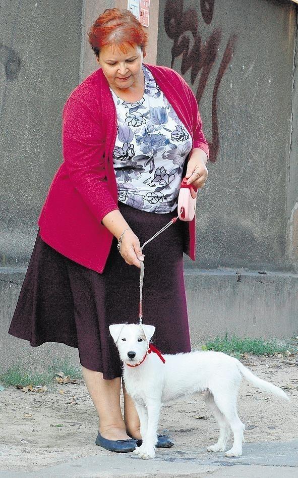 - Sprzątam po psie, ale często nie mam gdzie tego woreczka wyrzucić - mówi Małgorzata Szelerska