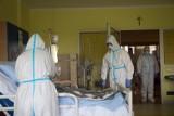 Koronawirus - śmiertelność wciąż wysoka. Zmarło blisko 500 osób w Polsce. Gdzie w Śląskiem jest najwięcej nowych zakażeń?