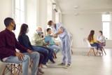 Ile trzeba czekać w kolejce do lekarza specjalisty? Sprawdź nowy raport