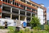 Wyburzanie charakterystycznego czerwonego biurowca w Łagiewnikach. Wkrótce powstanie tu wielkie centrum biurowe?