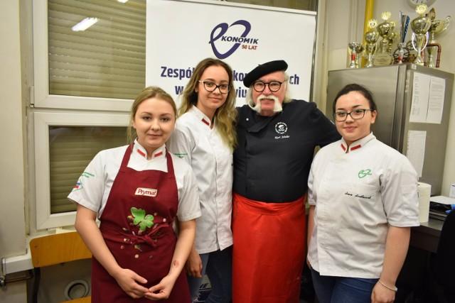 Kurt Scheller gotował z uczniami Ekonomika w Wodzisławiu Śl.