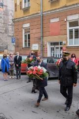 Tarnów. 1 maja upamiętnili robotników zamordowanych podczas wiecu w 1923 r. [ZDJĘCIA]
