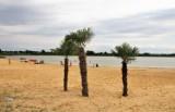 Zamość. Wypoczynek w wątłym cieniu palm. Zamojski zalew ma nową atrakcję!