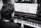 "Artur Gadowski (IRA) i Tangata Quintet z projektem ""TanGado"" w Studio Buffo."