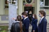 """Ranking krakowskich liceów. Zobacz, które """"ogólniaki"""" zdobyły najwięcej punktów [LISTA]"""