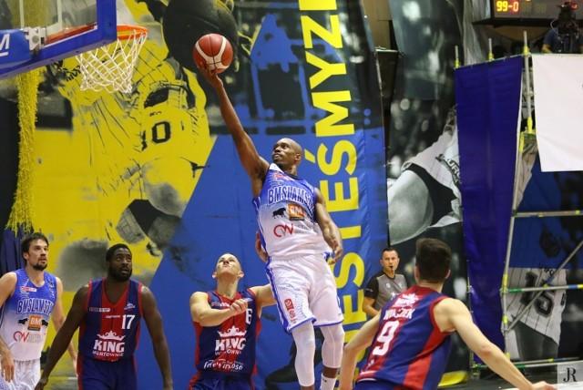 Mimo pandemii ostrowskich kibiców sportu czeka kilka emocjonujących spotkań. Będący w wysokiej formie koszykarze Arged BM Slam Stali Ostrów Wielkopolski postarają się o czwarte zwycięstwo z rzędu. Tym razem stają w szranki z jedną z rewelacji ligi.