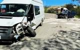 Dwa auta zderzyły się w Siekierczynie. Dwie kobiety trafiły do szpitala