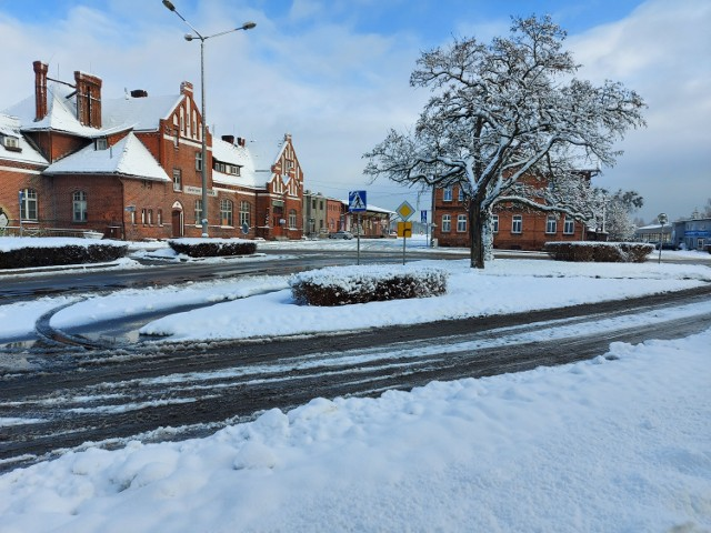 Brodnica w połowie stycznia 2021 r. jest pokryta warstwą śniegu
